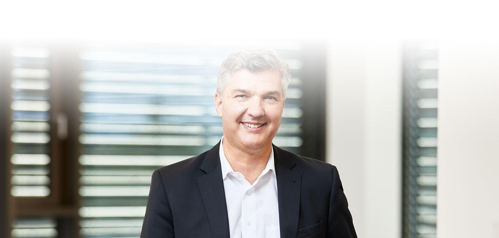 CEO Dr.-Ing. Thomas Peukert