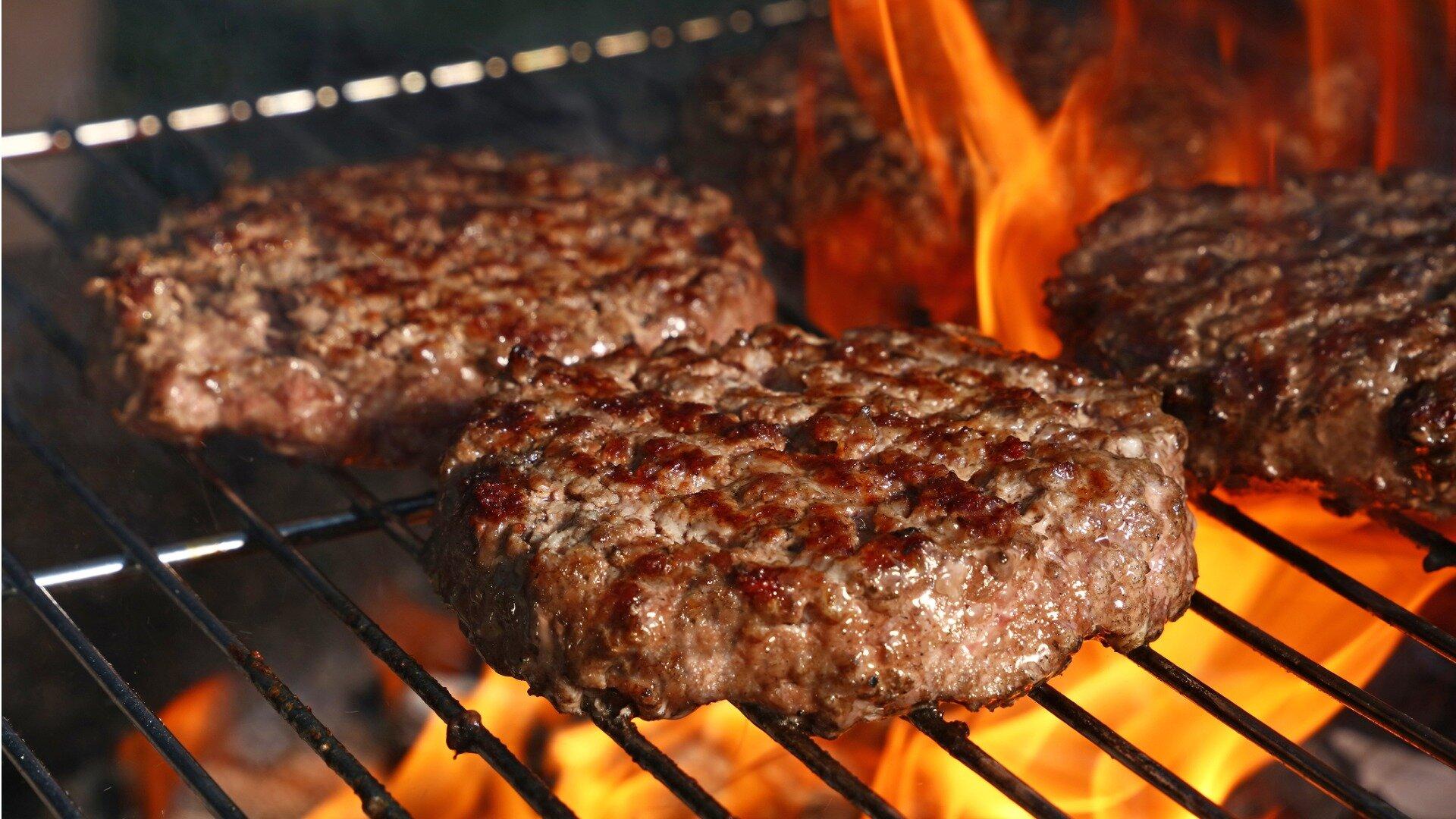 Jaki sprzęt gastronomiczny kupić do burgerowni?