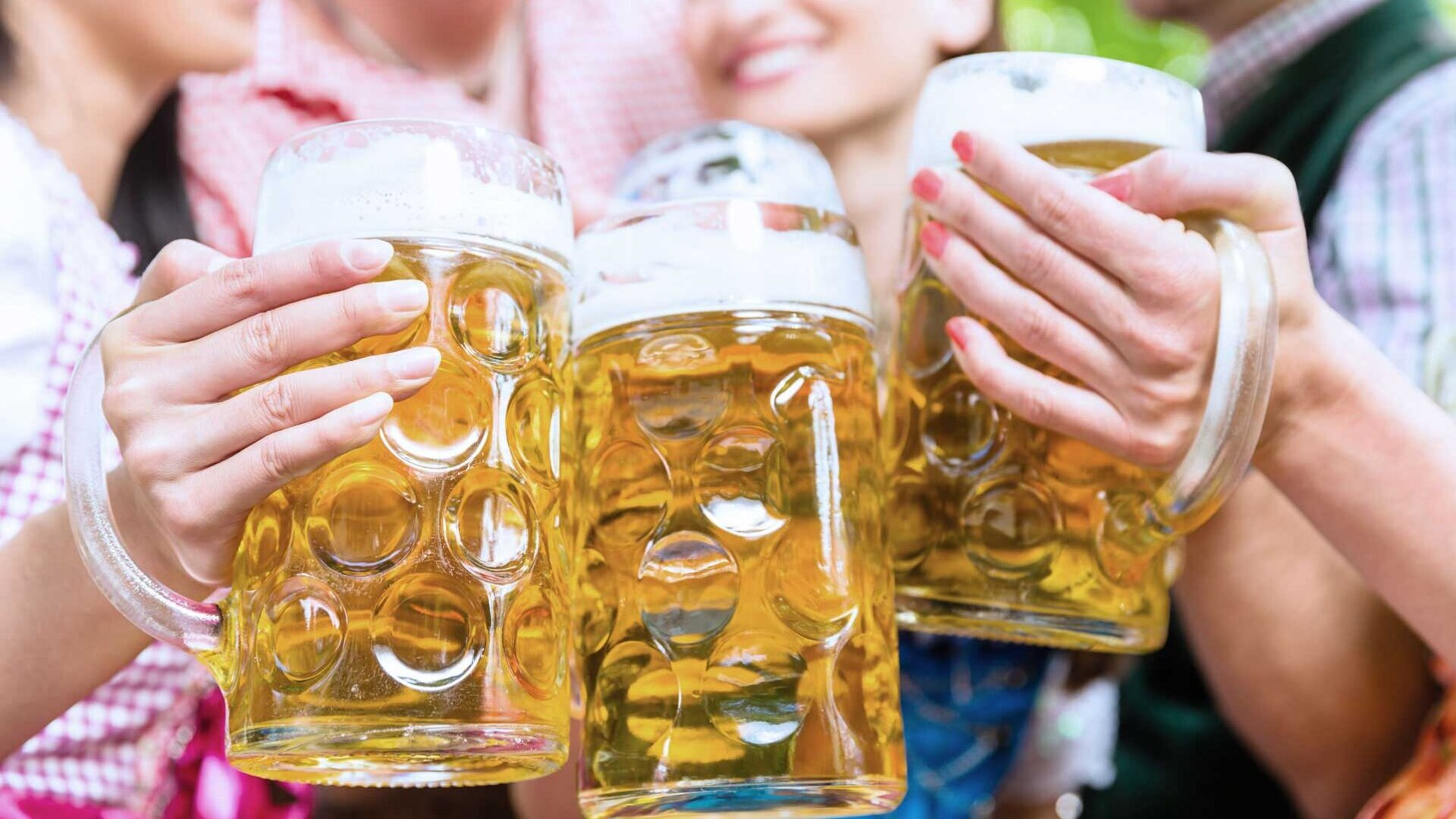 清洁眼镜保持良好的啤酒乐趣 - 没有问题归功于MEIKO