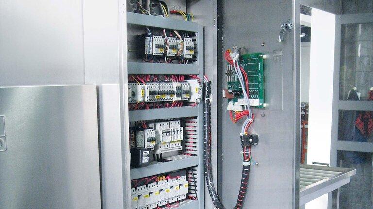 control cabinet K 200 M / K 260 M open